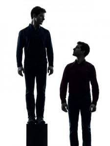 Selbstbewusstsein stärken oder Schattenseiten stärken?